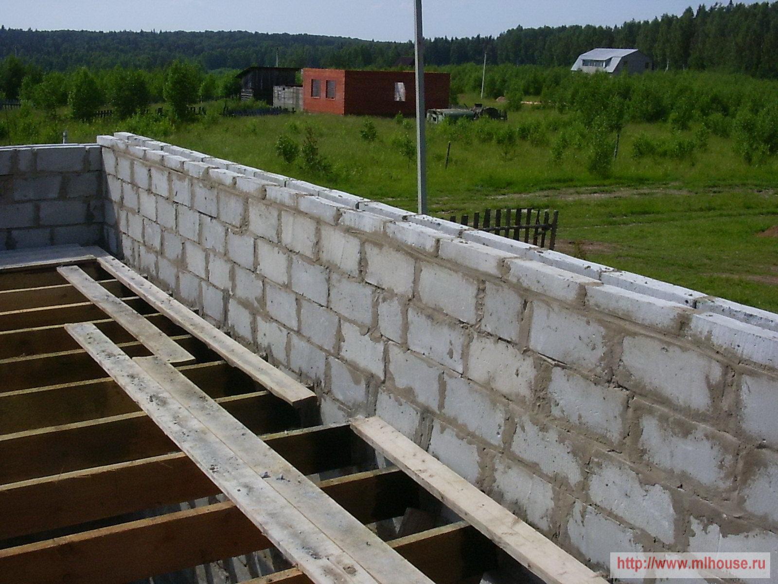 Мансарда, строим стены и перекрытия