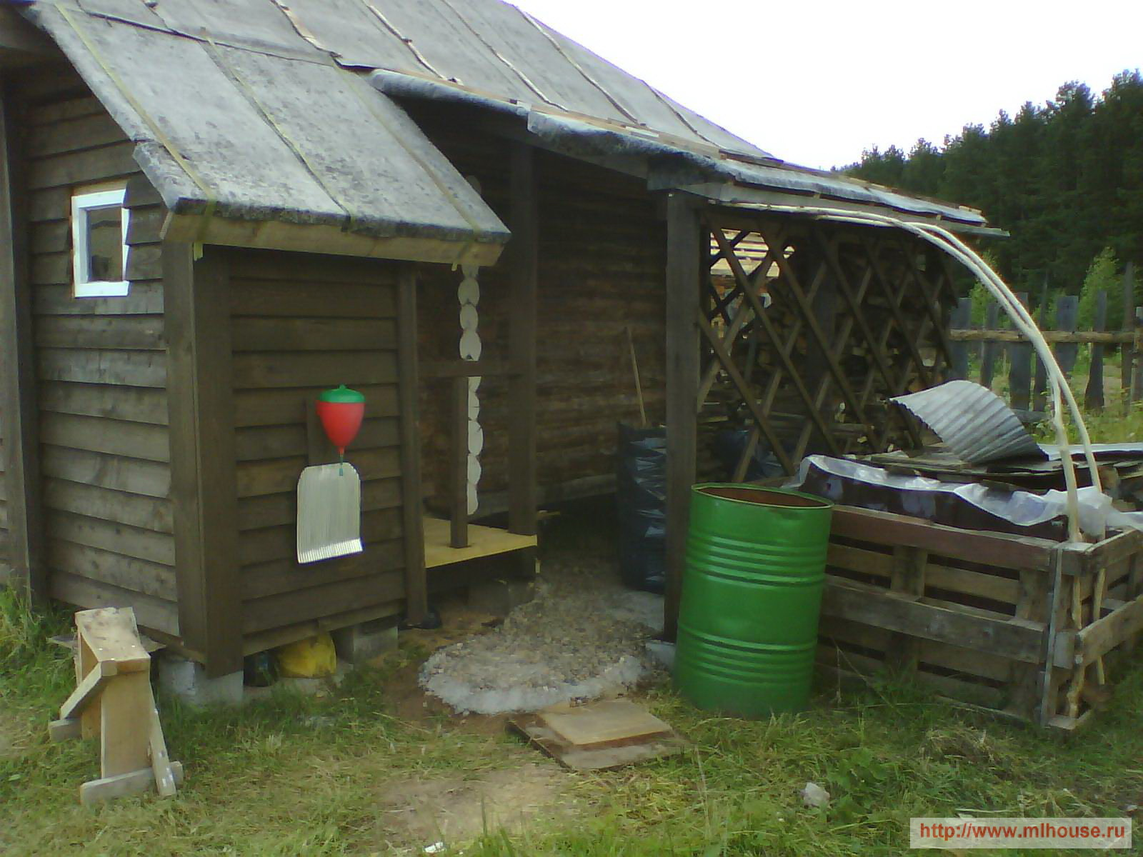 Деревянные дачные туалеты 87