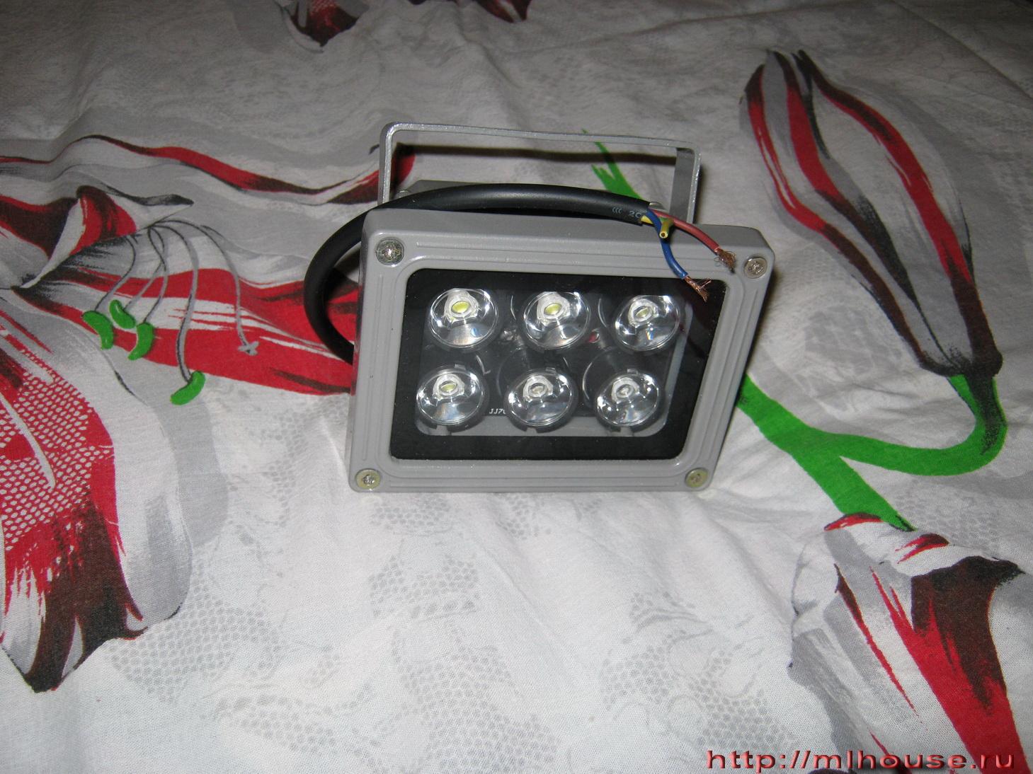 Светодиодный прожектор на автомобиль своими руками